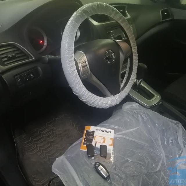 Установка автосигнализации Pandect X-1800BT на Nissan Tiida